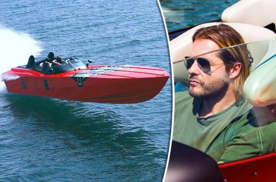 roger-klueh-speedboot-apache-star-01