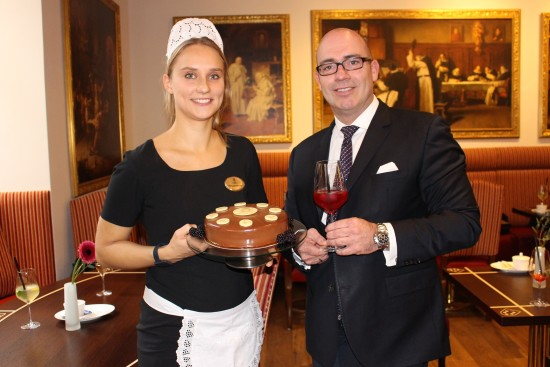 Wiener Kaffeehaus Eröffnung mit Hoteldirektor Bertold Reul; Fotocredit_De Medici