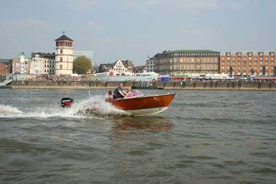 Rhein-Boot.jpg